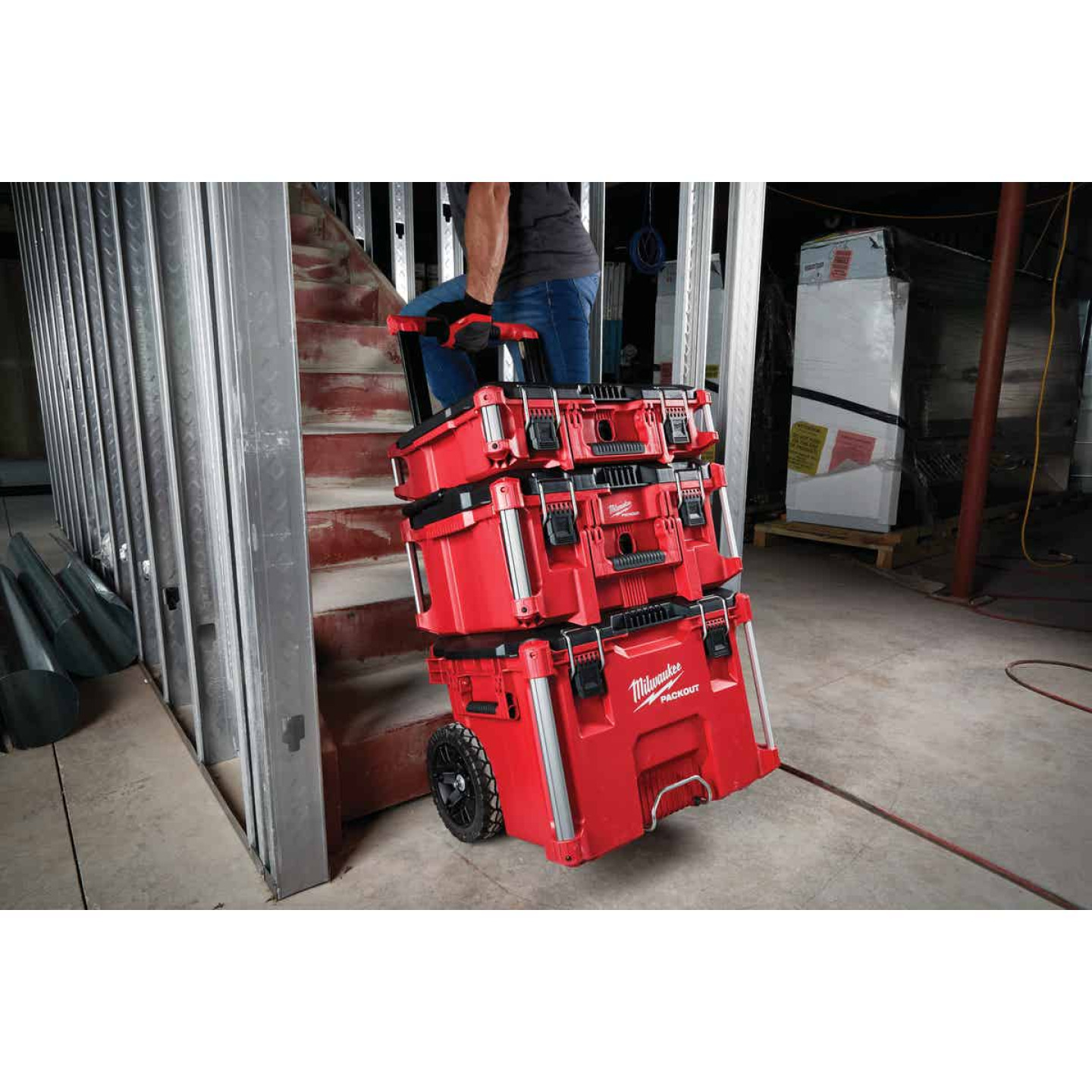 Milwaukee PACKOUT 22 In. Rolling Toolbox Image 3